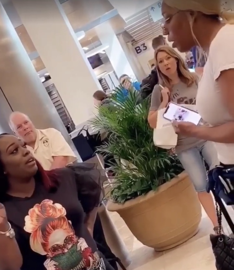 Nene Leakes confronted by woman at the airport